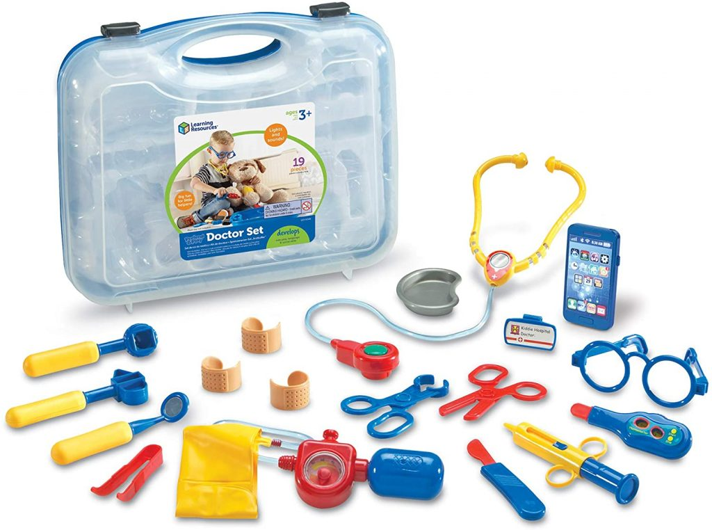 9 Best Kids Doctor Kits for playing pretend